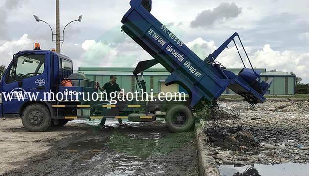 Thu gom xử lý bùn thải công nghiệp